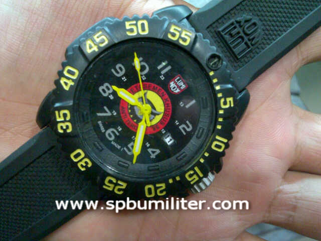 luminox densus 88
