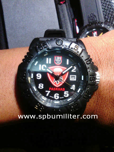 luminox paskhas 2